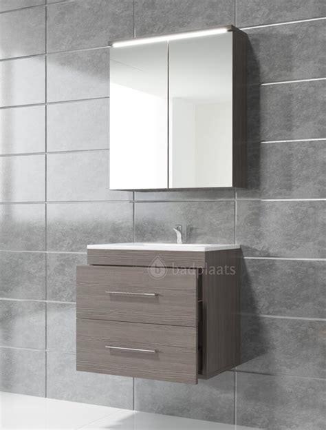 spiegelkast badkamer 60 cm bol badkamermeubel colombo 60cm inclusief