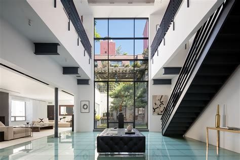 new york city real estate celebrity homes for sale or rent robert de niro s former manhattan penthouse is back on the