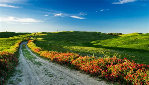 tuscany wallpaper nature meadows tuscany italy