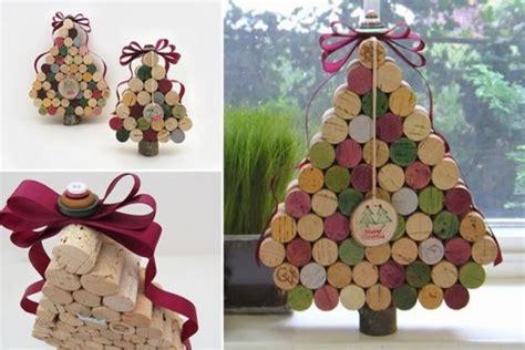 membuat hiasan pohon natal dari pita percantik natalmu dengan membuat pohon natal dari tutup