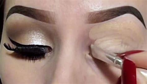 Eyeshadow Jadi Blush On tips pakai lipstik sebagai eyeshadow dan blush on kecantikan