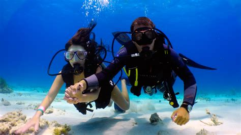 dive in diving lessons in cancun