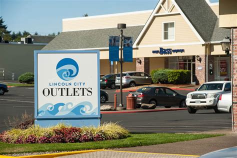 lincoln city outlet oregon coast shopping at lincoln city outlets