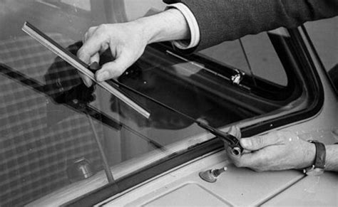 how to wind up your windshield wiper motors windhshield wiper motor fix how to fix common windshield wiper problems the art of manliness