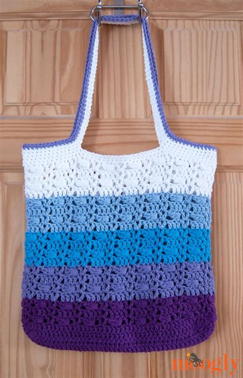 crochet pattern market tote use caron cakes wrapped ombre tote bag free crochet
