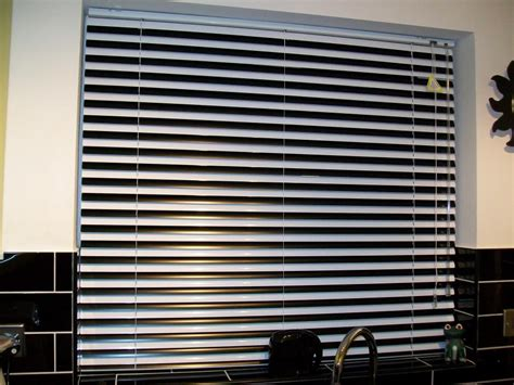 Metal Window Awnings Venetian Blinds Hereford
