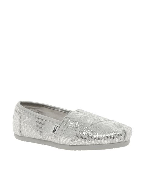 silver glitter flat shoes toms classic silver glitter flat shoes in metallic lyst