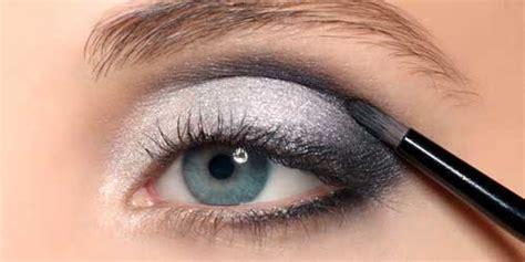 como maquillar tus ojos para que parezcan mas grandes como maquillarse los ojos con sombras imagui
