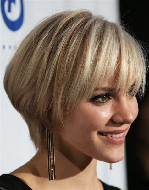 short bob hairstyle for thick hair and round face short hairstyles for thick hair