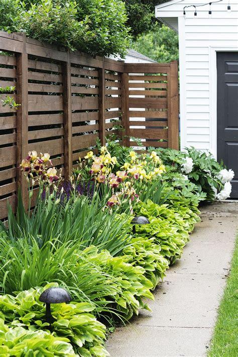 fence ideas for backyard 25 trending front yards ideas on yard front