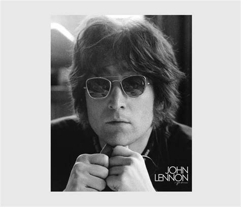 John Lennon Biography Corta   john lennon biograf 237 a e im 225 genes de john lennon biography