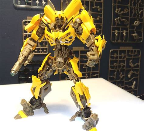Bumble Bee Model Kit transformers of the moon dual model kit 1 35 scale