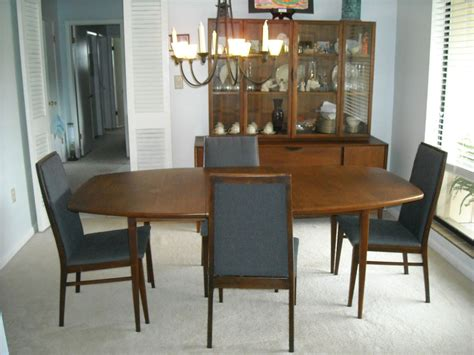 beautiful dillingham mid century modern walnut