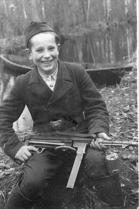 A Shocking Two Posts In One Day 2 by Los Ni 241 Os Soldados En La Segunda Guerra Mundial Im 225 Genes