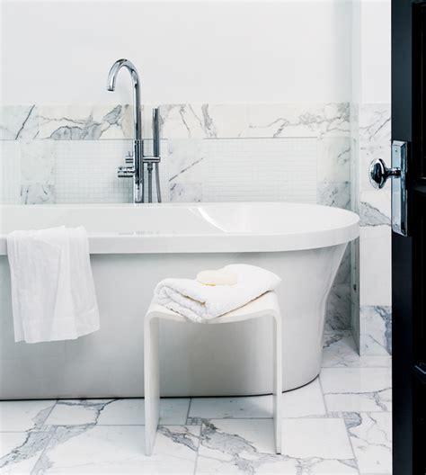 bathtub clean diy flowery wreath style at home
