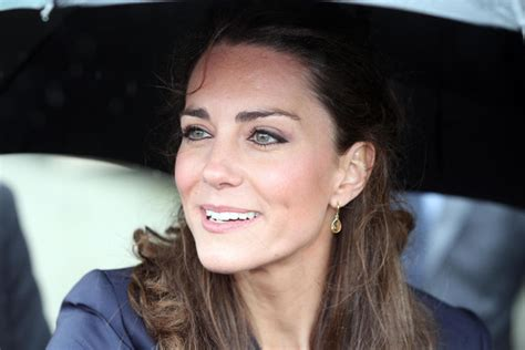 kate middleton eye color about kate middleton s eyeliner and a no more waity