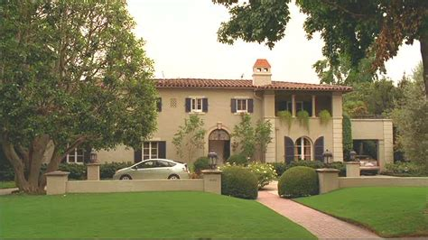 walker residence quot brothers sisters quot nora walker s house in pasadena