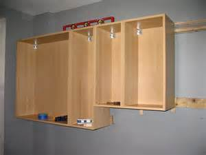 hang kitchen cabinets hanging the cabinets