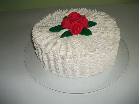 decorar bolo redondo bolo de casamento chantilly casamento cultura mix