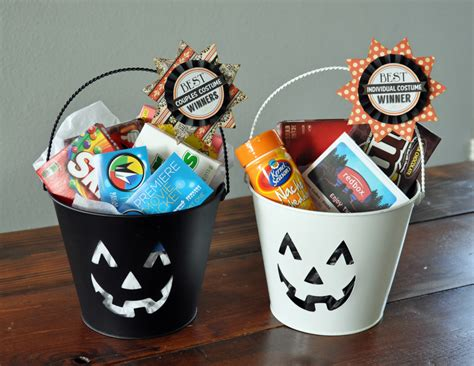 Halloween Giveaways - halloween party prizes