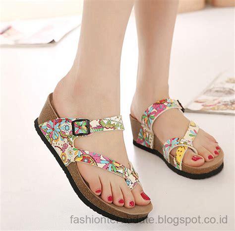 Fashion Wanita Terupdate trend model sandal wanita terbaru fashion terupdate