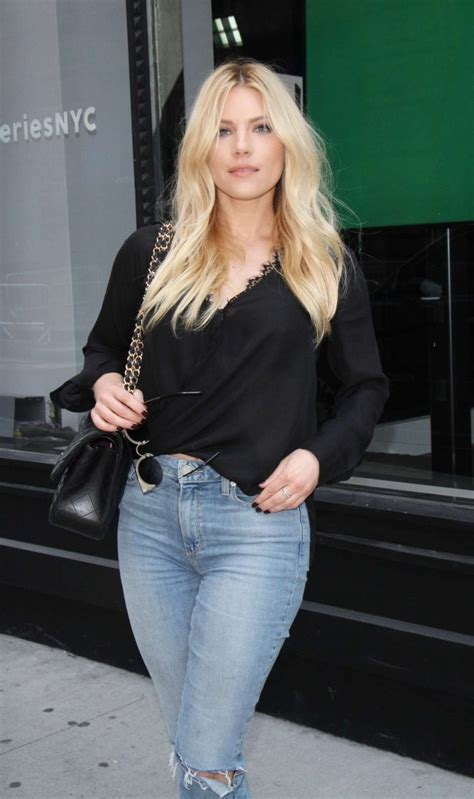katheryn winnick series katheryn winnick at aol build series 03 gotceleb