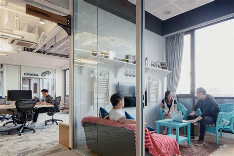 airbnb di singapore 7 reasons airbnb s singapore office is the most