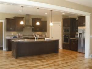 Kitchen Layouts L Shaped With Island L Shaped Kitchens With Island And Corner Pantry Kitchen