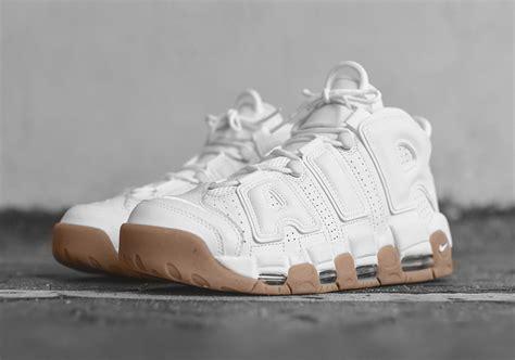 Sepatu Nike Uptempo Air More High White nike air more uptempo white gum 414962 103 sneakernews