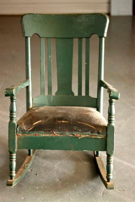vintage sofa chair 17 best images about primitive chairs on