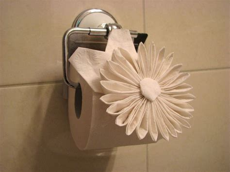 Origami Napkin Flower - 25 unique toilet paper origami ideas on