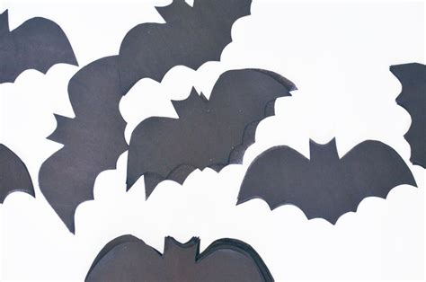 How To Make Bats Out Of Paper - 3 easy crepe tissue paper projects a