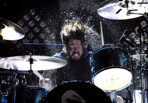 Set Syakinah Black White Pics For Gt Dave Grohl Drums Wallpaper