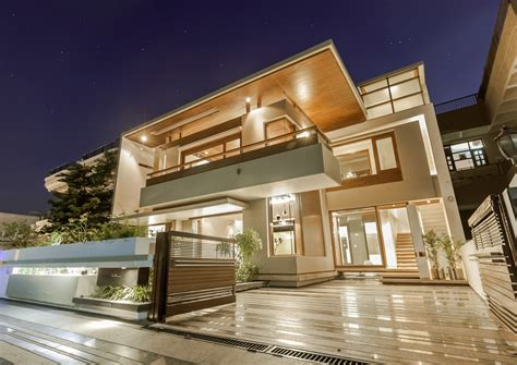Neoclassical House by Charged Voids Designed House In India 9