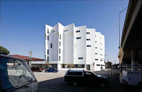 Skid Row Housing Trust - social justice and sustainable architecture serengreenity