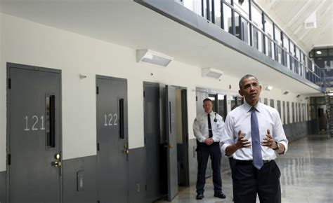 as obama administration extends pell grants to prisoners