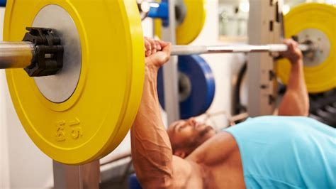 shoulder hurts when bench press this tip will eliminate shoulder pain on the bench press