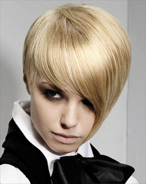 pixie cut from 1960 1960 s mod haircut short cuts pinterest