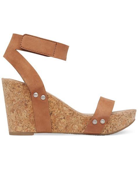 lucky brand s mcdowell cork platform wedge sandals