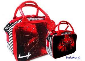 Travel Bag Kanvastas Tenteng Baju detail sepatu roda toko bunda