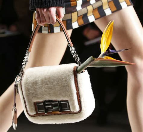Fendi Fall 2007 Bags by Check Out Fendi S Fall 2015 Runway Bags Flowers Not