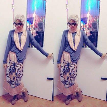 Celana Ala Zaskia Sungkar jilbab stylish ala zaskia sungkar makin dikenal dengan yang fashionable