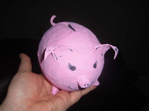 How To Make A Paper Mache Piggy Bank - paper mache piggy bank 183 a money bank 183 papier m 226 ch 233 on