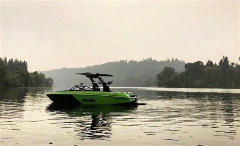 wakeboard boats oregon the best boat and watersports store in the pnw that