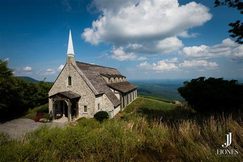 Stunning Cliffs at Glassy Chapel Wedding Photos   J. Jones