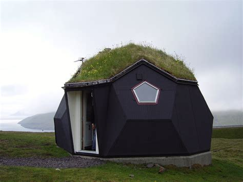 igloo house kvivik the igloo where we stayed faroe islands pentax