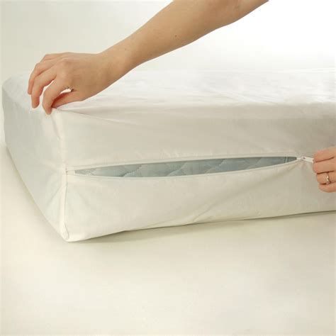 Mattress Cover Bed by Mattress Protectors