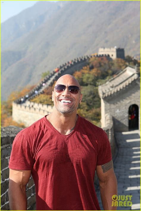 dwayne from full house dwayne johnson takes hercules to crying fans in tokyo photo 3222529 dwayne