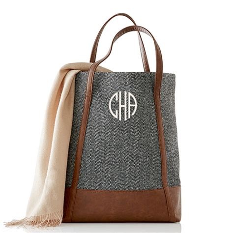 mark  graham monogrammed giveaway  college prepster