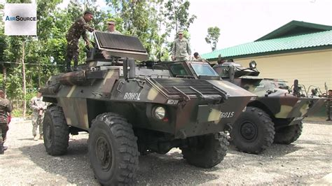 armored military vehicles us soldiers checking out philippine army s commando
